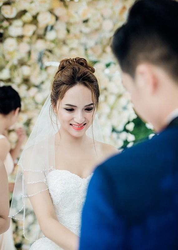 Huong Giang Idol nu tinh, dep me hoac khi mac vay cuoi-Hinh-7