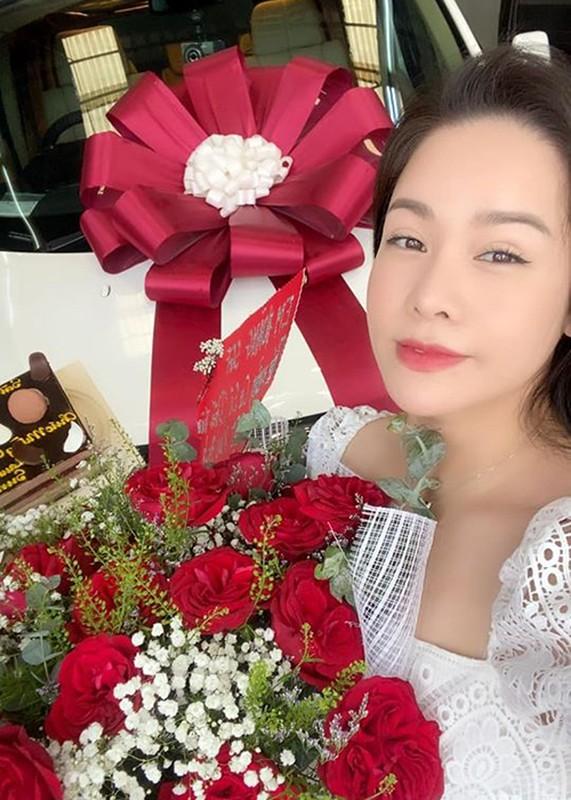 Phan ung cua Nhat Kim Anh - TiTi khi bi Ho Gia Hung doa kien-Hinh-2