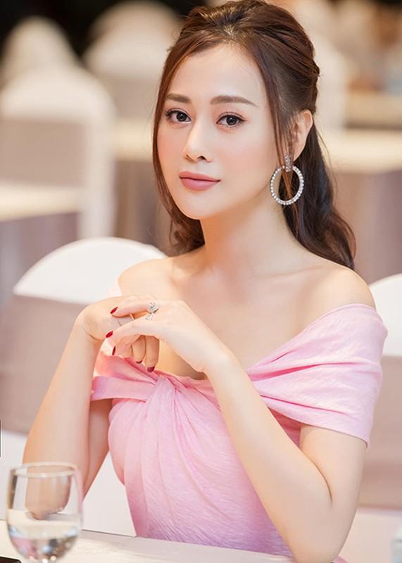 """Duong tinh lan dan cua Phuong Oanh """"Quynh bup be""""-Hinh-7"""