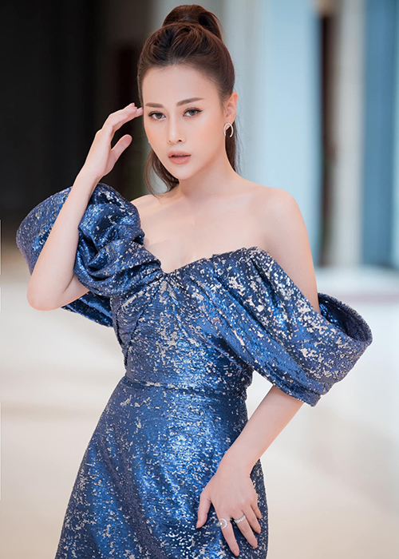 Phuong Oanh va loat sao phan ung gat khi bi tung tin nham-Hinh-3