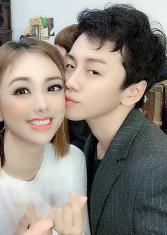 Miko Lan Trinh duoc nguoi yeu ung ho vu kien voi ong bau cu-Hinh-9