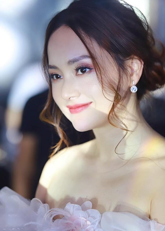 "Do ve goi cam dan nu dien vien phim ""Troi buoc yeu thuong""-Hinh-7"