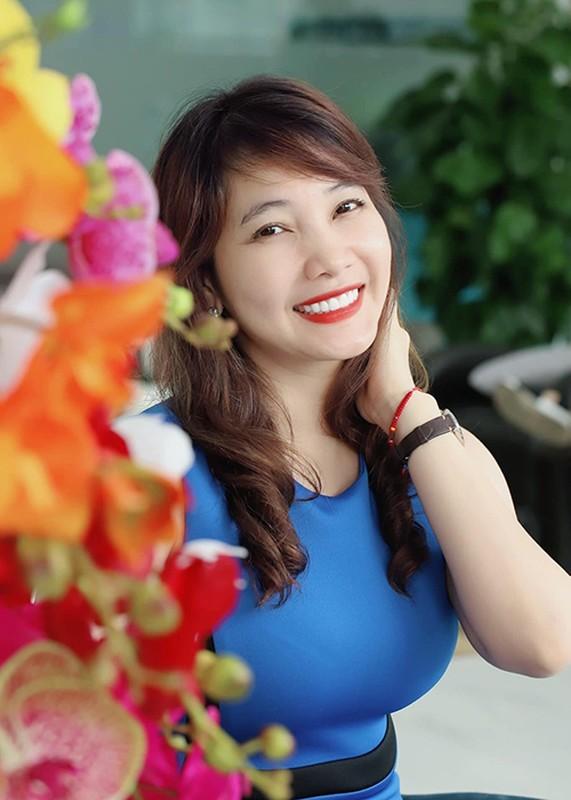 Chan dung vo tre dep, khong ghen tuong cua Cao Minh Dat-Hinh-7
