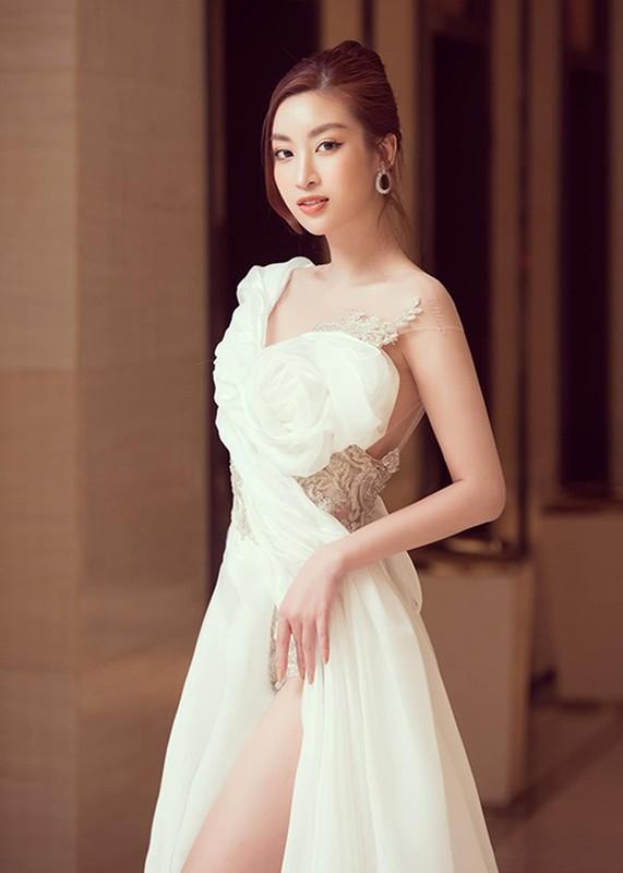 Hoa hau Do My Linh mac loi trang phuc kem duyen phat nguong-Hinh-10