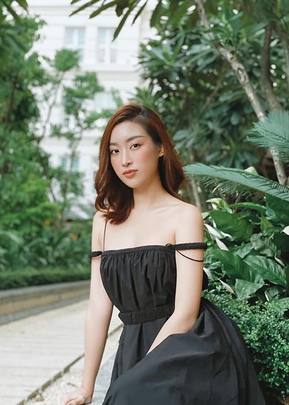 Hoa hau Do My Linh mac loi trang phuc kem duyen phat nguong-Hinh-12