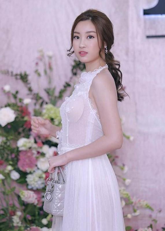 Hoa hau Do My Linh mac loi trang phuc kem duyen phat nguong-Hinh-3
