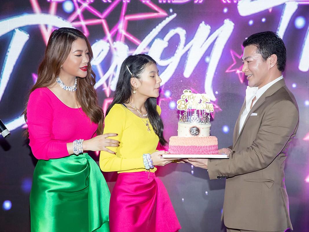 Sinh nhat hoanh trang cua con gai Tran Bao Son - Truong Ngoc Anh-Hinh-2