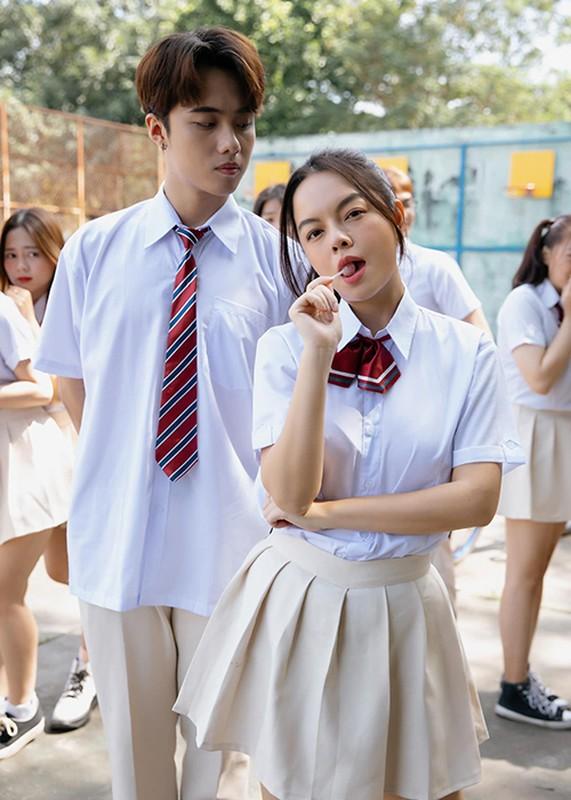 Soi hot boy 10X dong cap voi Pham Quynh Anh trong MV moi-Hinh-2