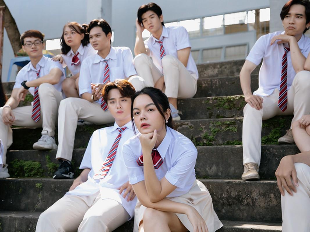 Soi hot boy 10X dong cap voi Pham Quynh Anh trong MV moi-Hinh-5