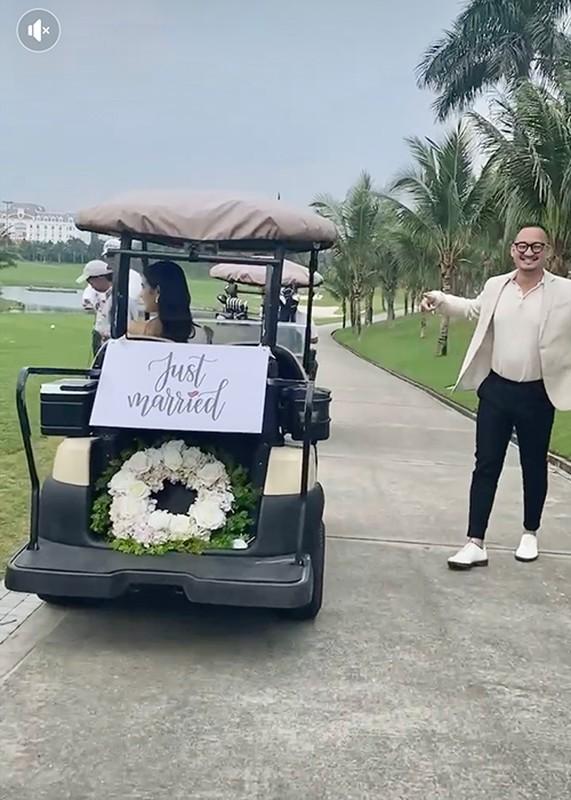 Loat anh hiem hoi trong dam cuoi MC Vu Thu Hoai o san golf-Hinh-4