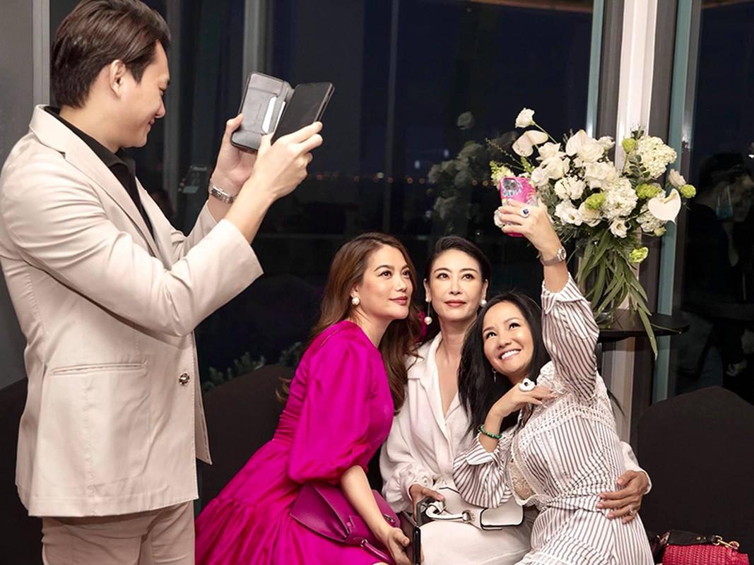 Cuoc song cua Hong Nhung thay doi the nao sau 3 nam ly hon?-Hinh-12