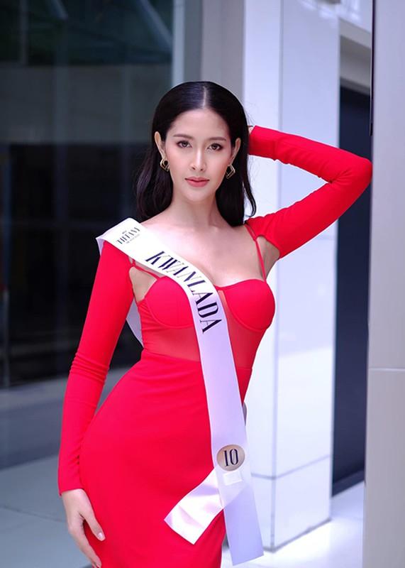 Soi body goi cam cua tan Hoa hau chuyen gioi Thai Lan-Hinh-2
