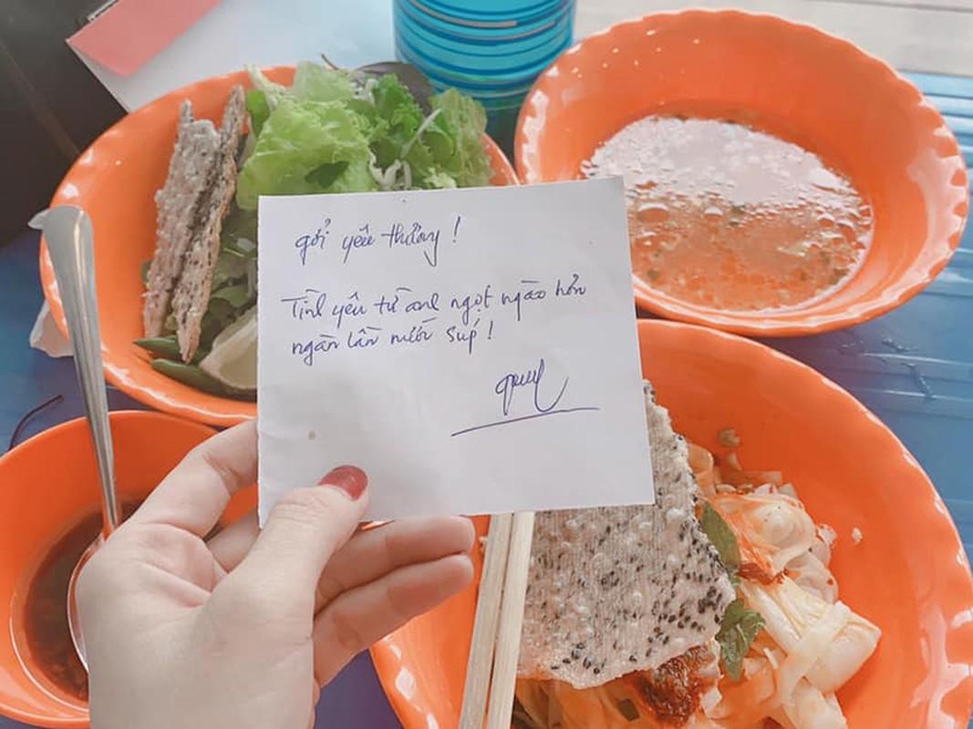 Nha Phuong khoe con gai lon phong phao ben ong xa-Hinh-6