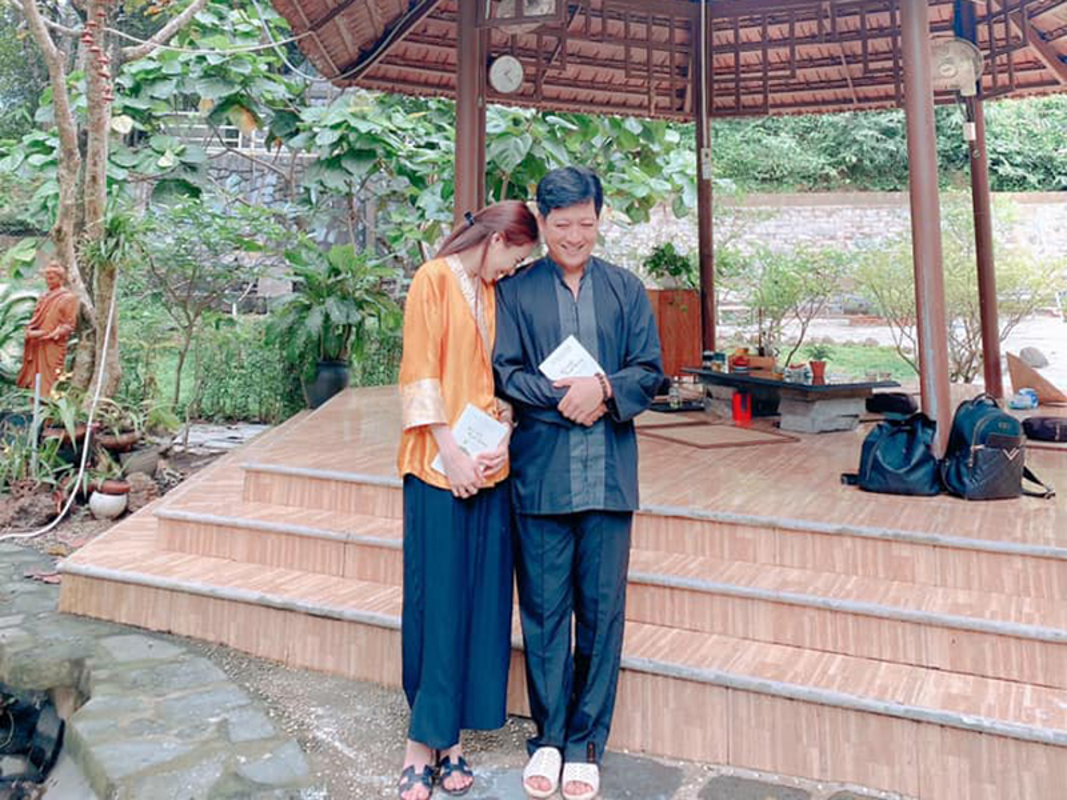 Nha Phuong khoe con gai lon phong phao ben ong xa-Hinh-8