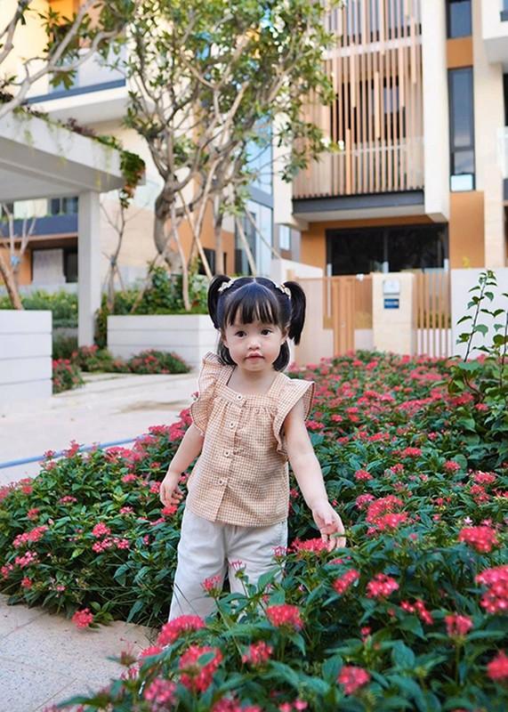 Dang Thu Thao khoe con trai 6 thang tuoi dang yeu vo doi-Hinh-8