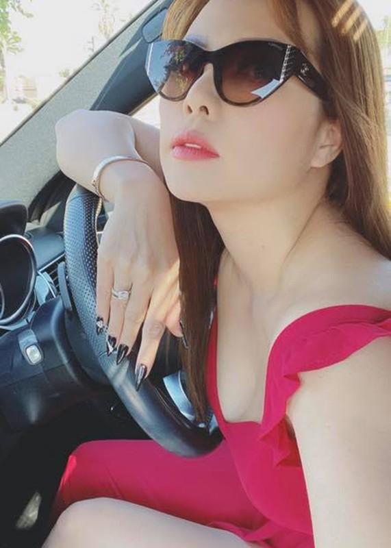 Nhan sac nu dien vien vo tinh vuong on ao voi Hoang Anh-Hinh-7