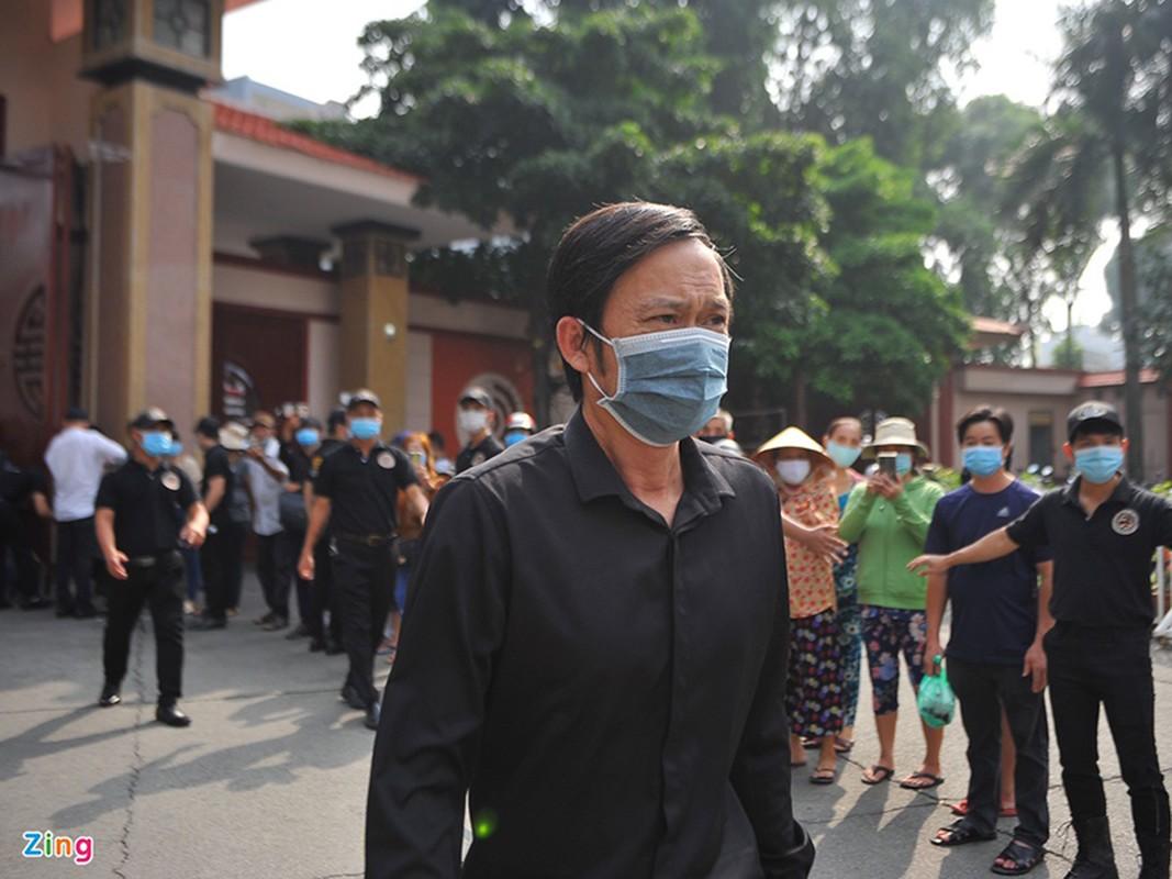 Truong Giang suy sup trong tang le nghe si Chi Tai
