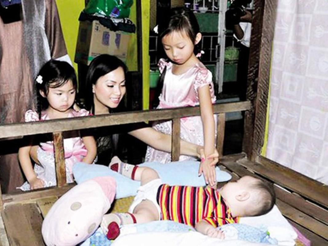 Hon nhan kin tieng cua em gai Cam Ly ben chong ty phu-Hinh-10