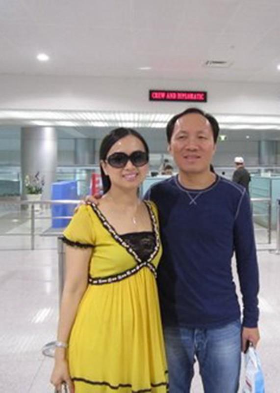 Hon nhan kin tieng cua em gai Cam Ly ben chong ty phu-Hinh-5