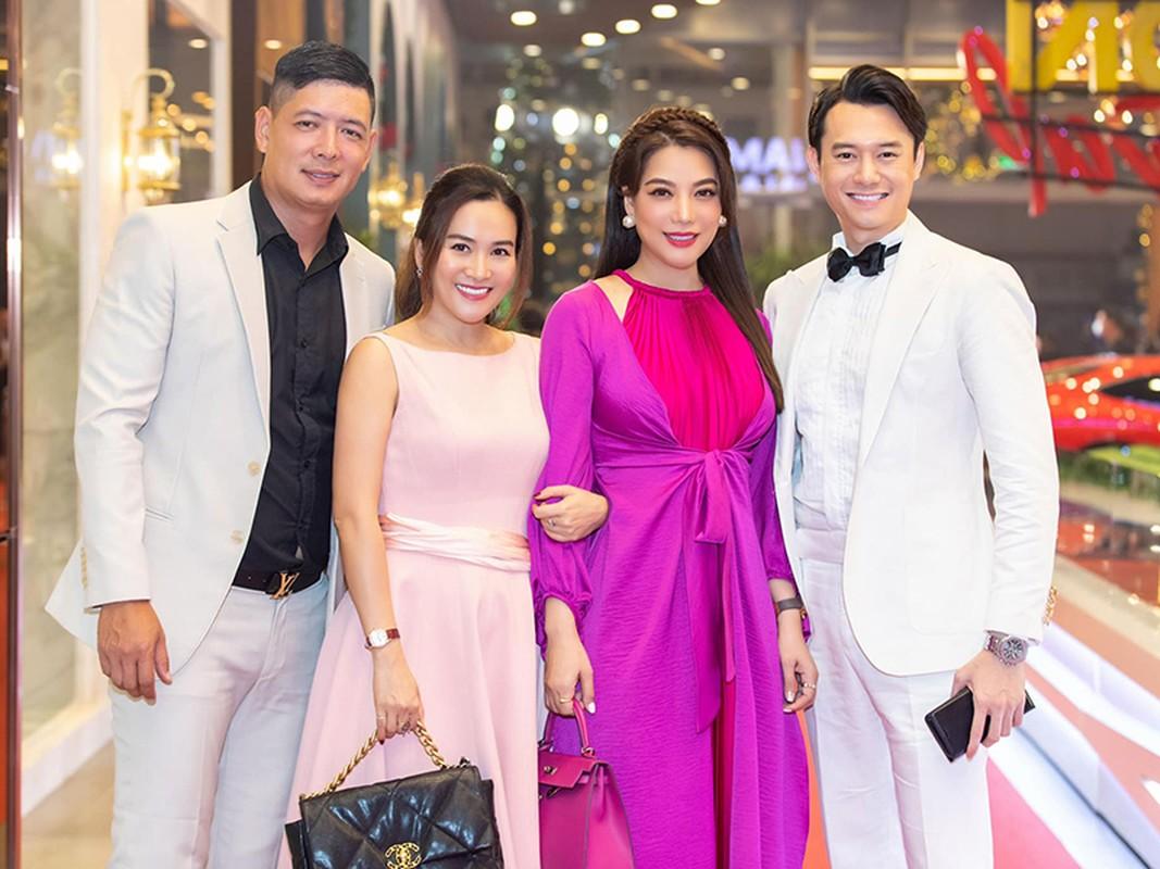 Soi tinh duyen cua 2 da nu: Ngo Thanh Van - Truong Ngoc Anh-Hinh-13