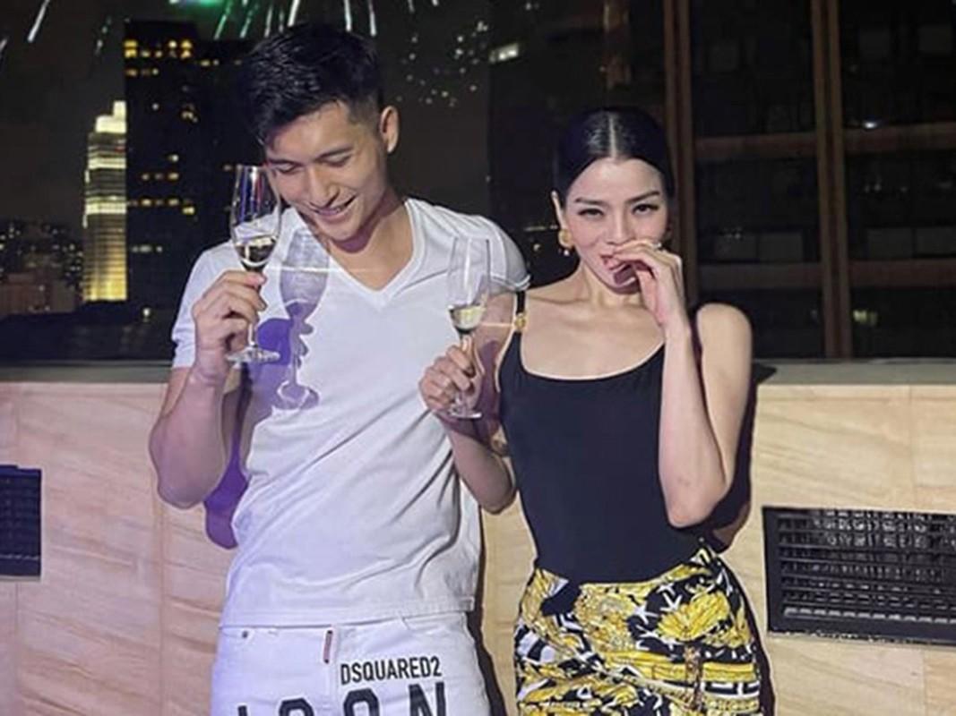 Sao Viet don Tet duong lich 2021: Lam Bao Chau vui ve ben Le Quyen-Hinh-8