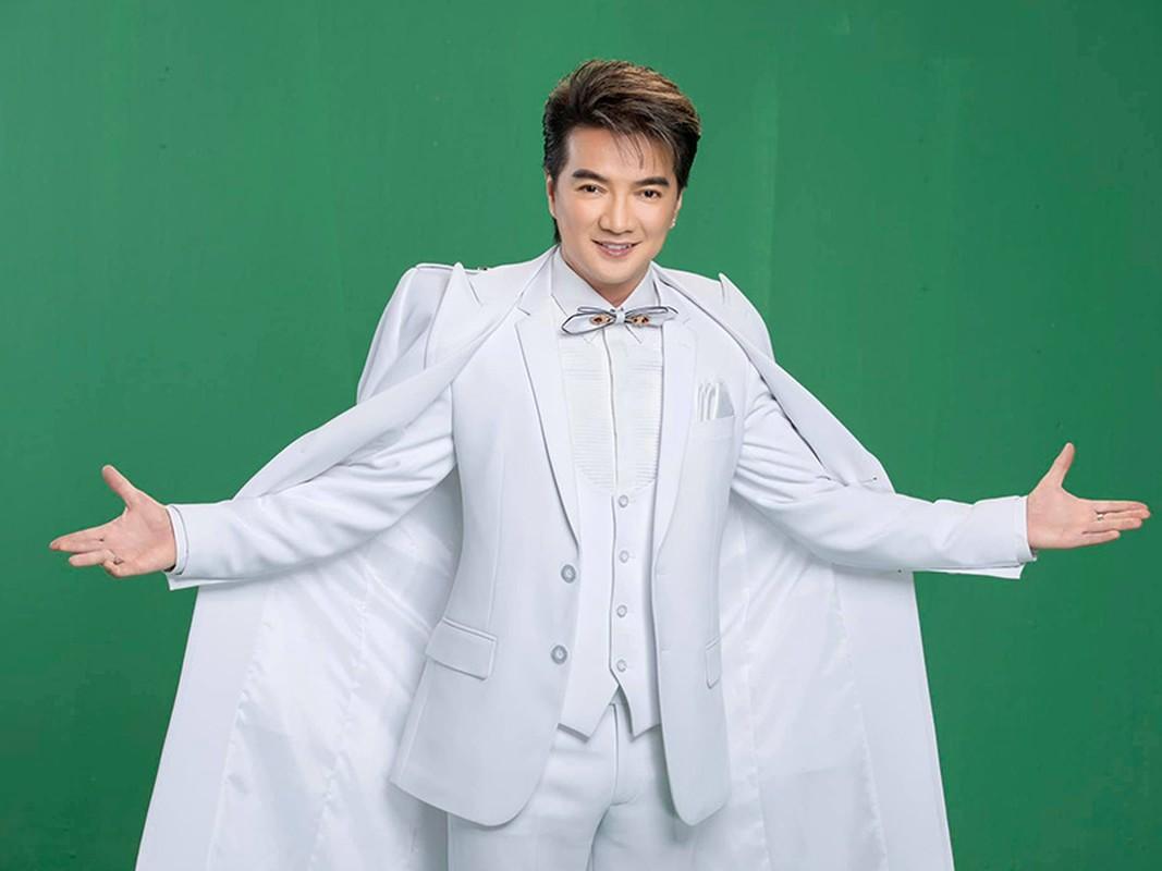 Dam Vinh Hung duoc dai gia tang 2,5 ty... con qua gi soc hon?-Hinh-3