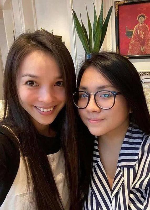 "Nhung lan ""gay bao"" du luan cua ca si Hien Thuc-Hinh-2"