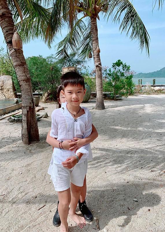 4 con xinh nhu thien than cua dao dien trieu do Ly Hai-Hinh-4