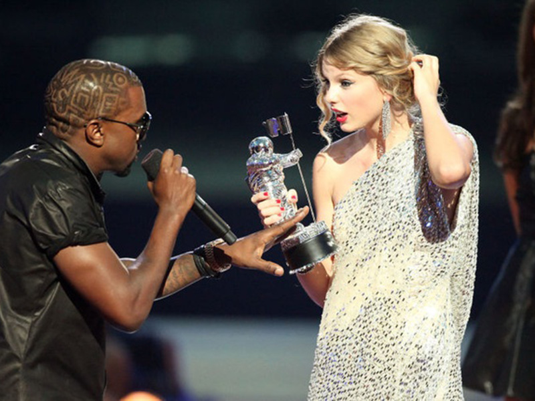 Loat on ao cua Kim Kardashian - Kanye West truoc nghi van ly hon-Hinh-3