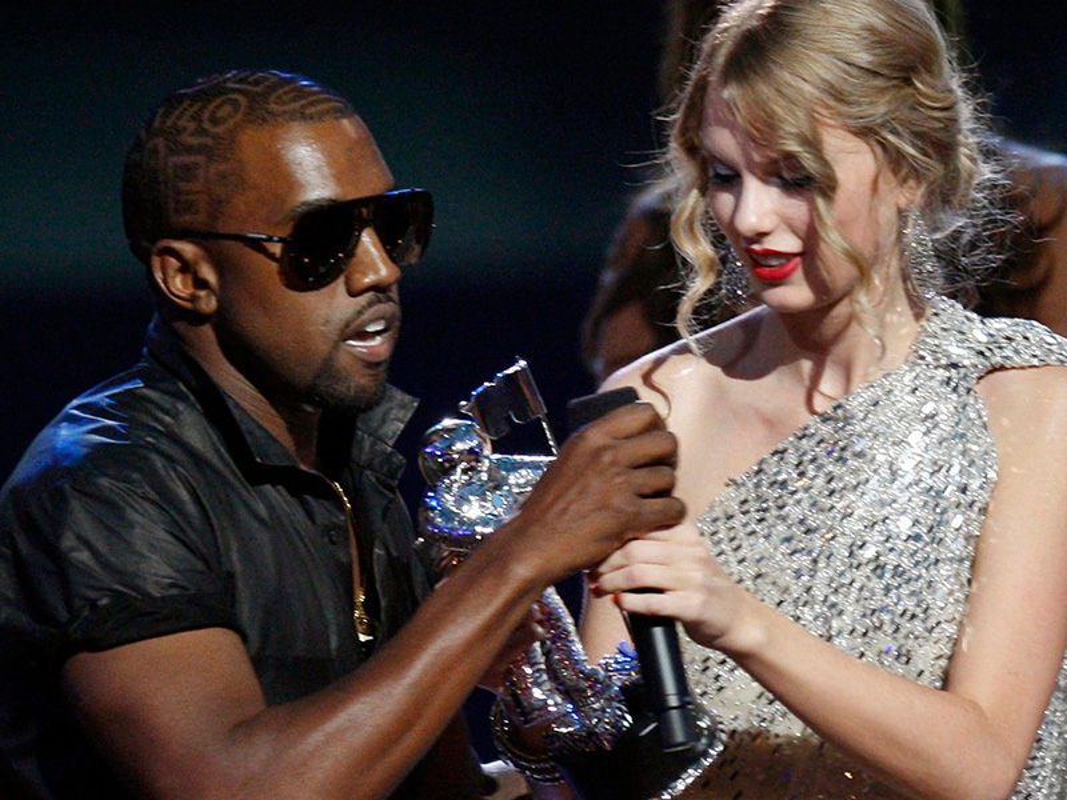 Loat on ao cua Kim Kardashian - Kanye West truoc nghi van ly hon-Hinh-4