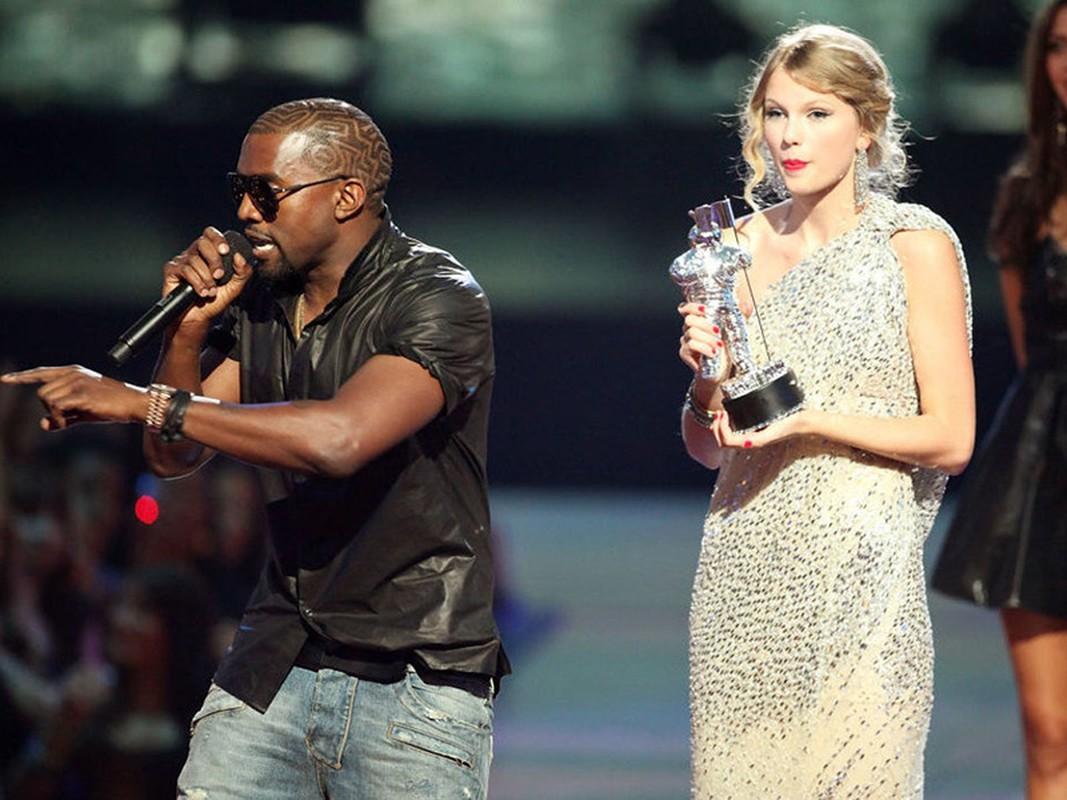 Loat on ao cua Kim Kardashian - Kanye West truoc nghi van ly hon-Hinh-5