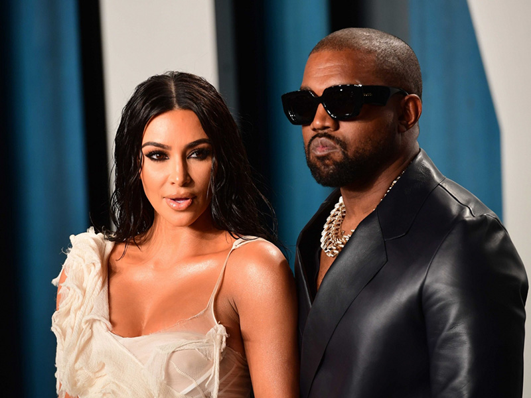 Loat on ao cua Kim Kardashian - Kanye West truoc nghi van ly hon