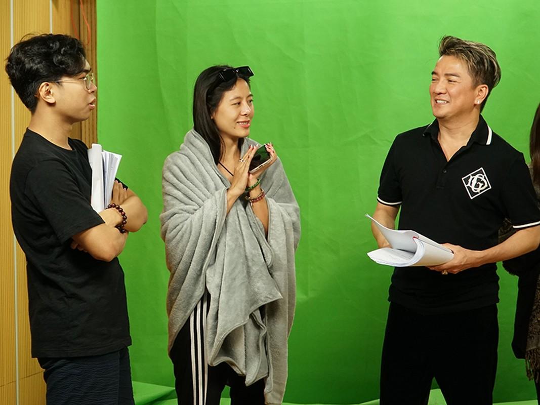 Tao Xuan 2021: Nam Thu hoi cuoi bang duoc Dam Vinh Hung