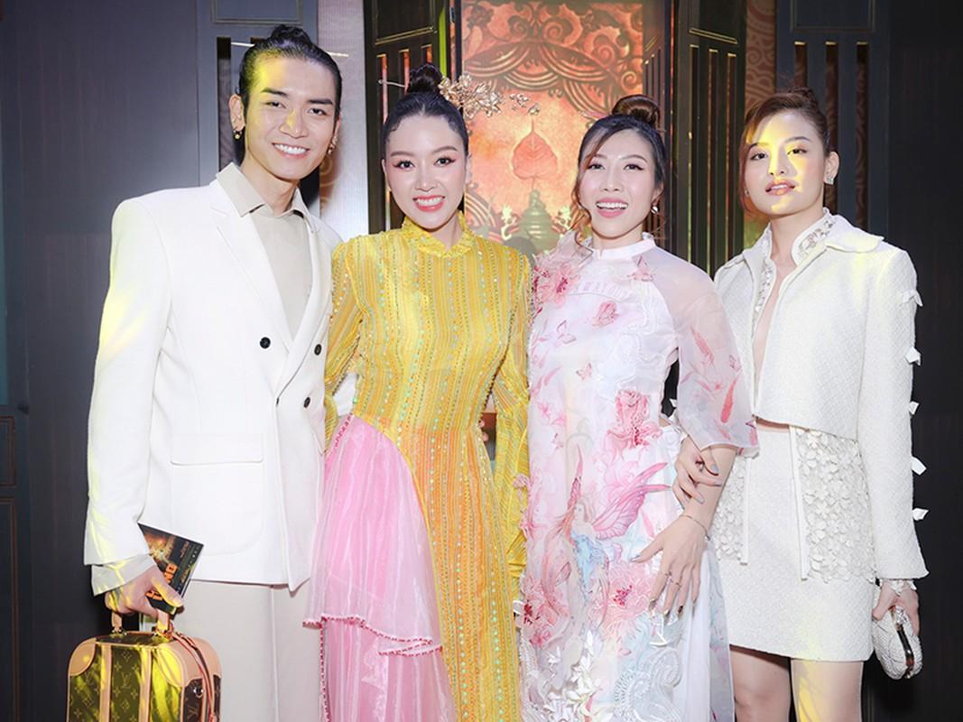 Vo chong Tang Thanh Ha du ra mat phim co Bang Di-Hinh-15