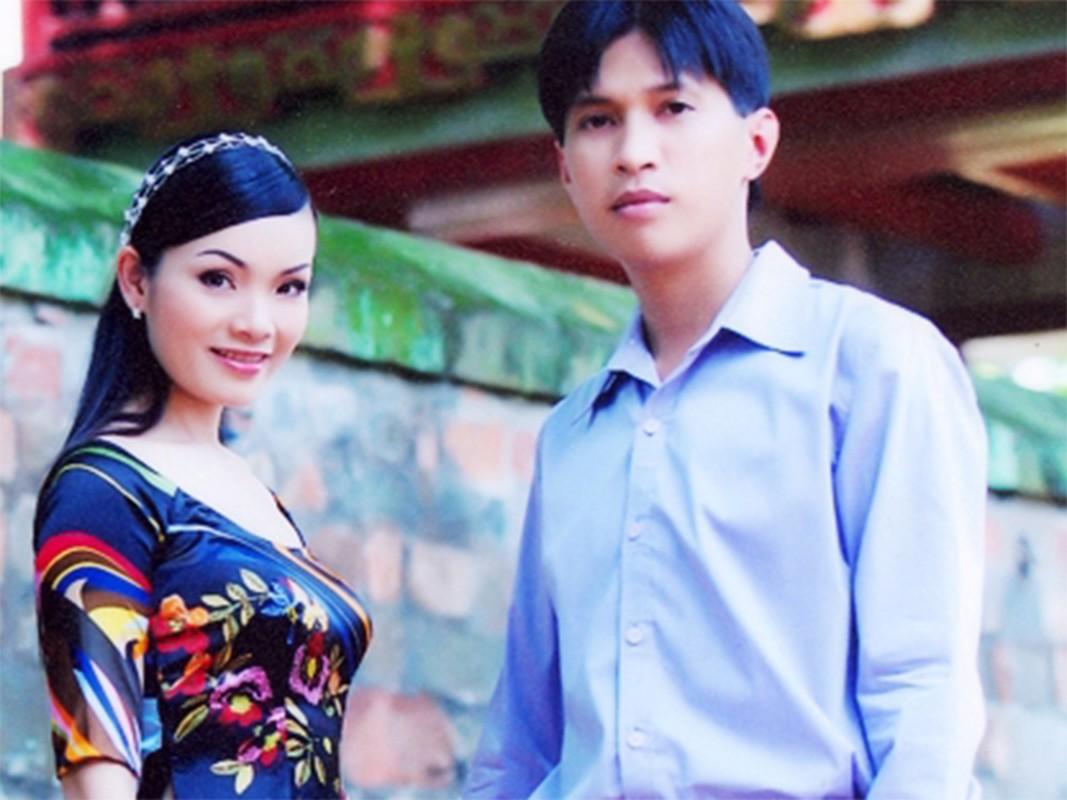 Soi cuoc hon nhan dau tien cua Tan Nhan truoc khi tai hon-Hinh-2