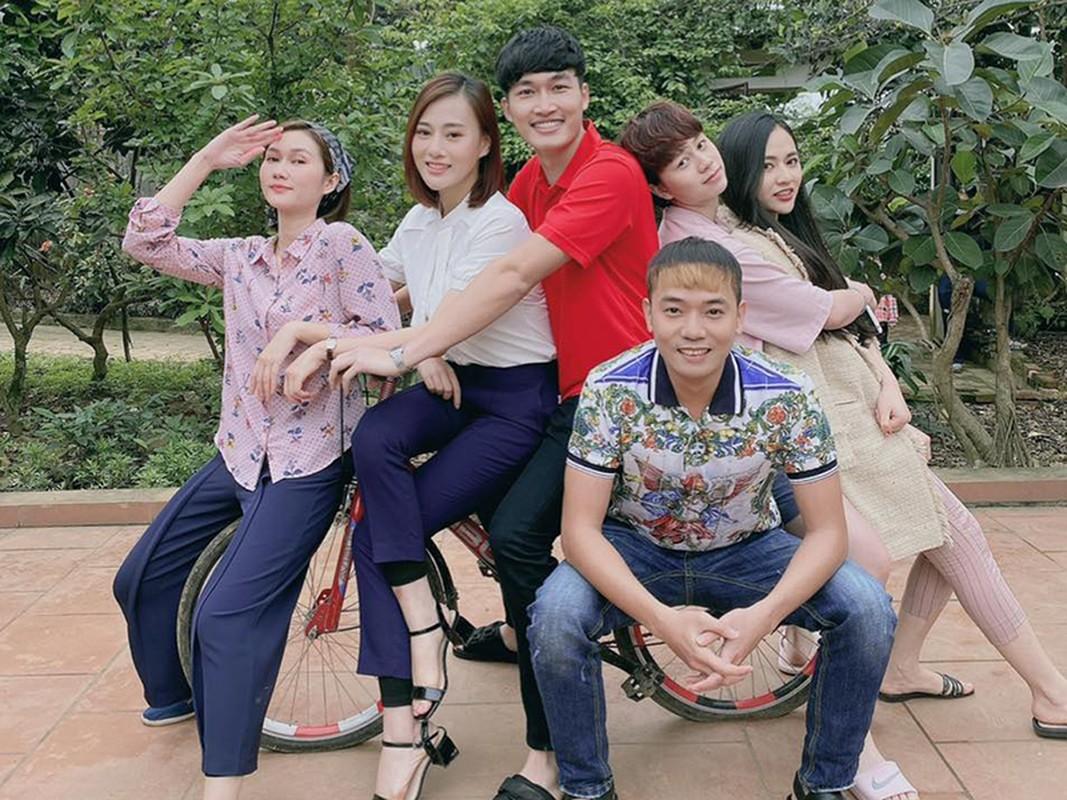 Chan dung hai dien vien tre Manh Hung - Viet Bac dong Tao quan 2021-Hinh-3
