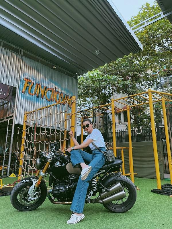 Mai Phuong Thuy duoc khen vi de mat moc qua xinh dep-Hinh-11