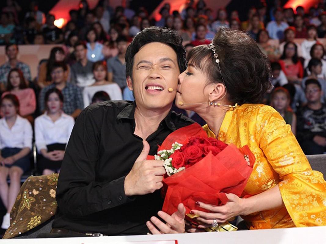 Moi quan he ky la cua Hoai Linh va Viet Huong-Hinh-10
