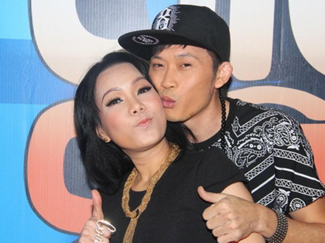 Moi quan he ky la cua Hoai Linh va Viet Huong