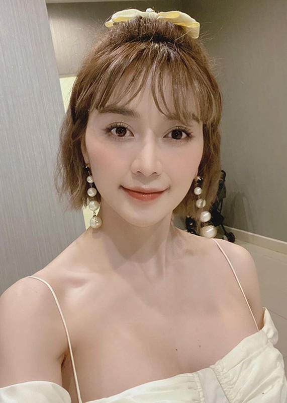 Voc dang goi cam cua chi gai Thieu Bao Tram-Hinh-4