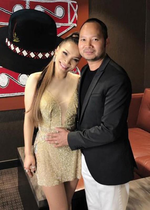 Chong mac COVID-19 chieu chuong ca si Hong Ngoc co nao?