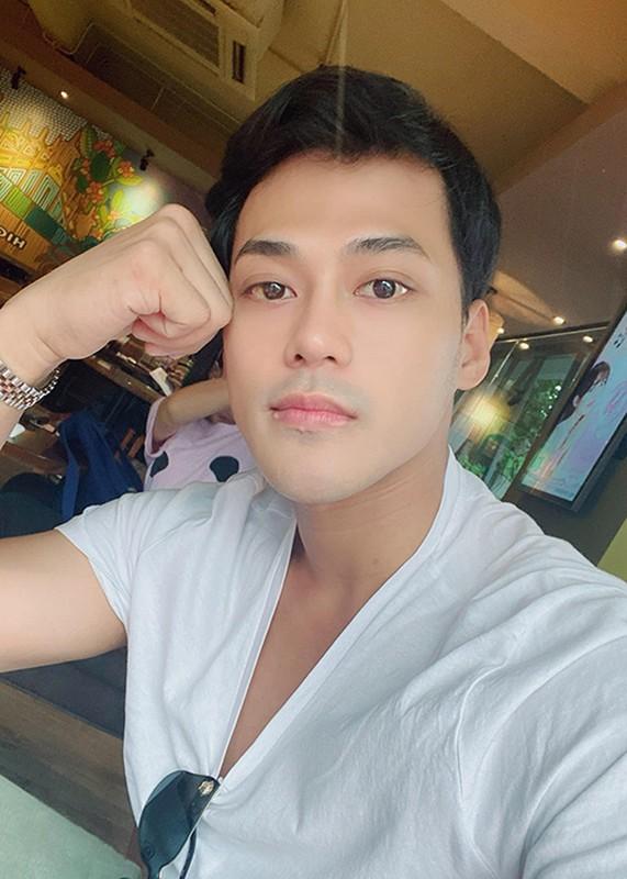 "Soi cuoc song cua Phan Ngoc Luan sau on ao ""phan"" Dam Vinh Hung-Hinh-10"