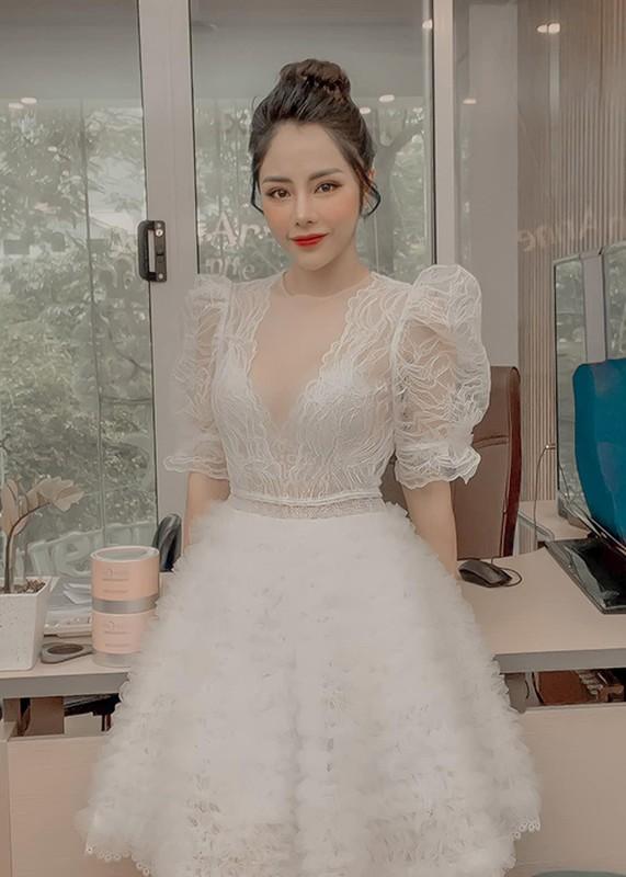 Ve goi cam cua U40 Bach Lan Phuong sap cuoi Huynh Anh-Hinh-2