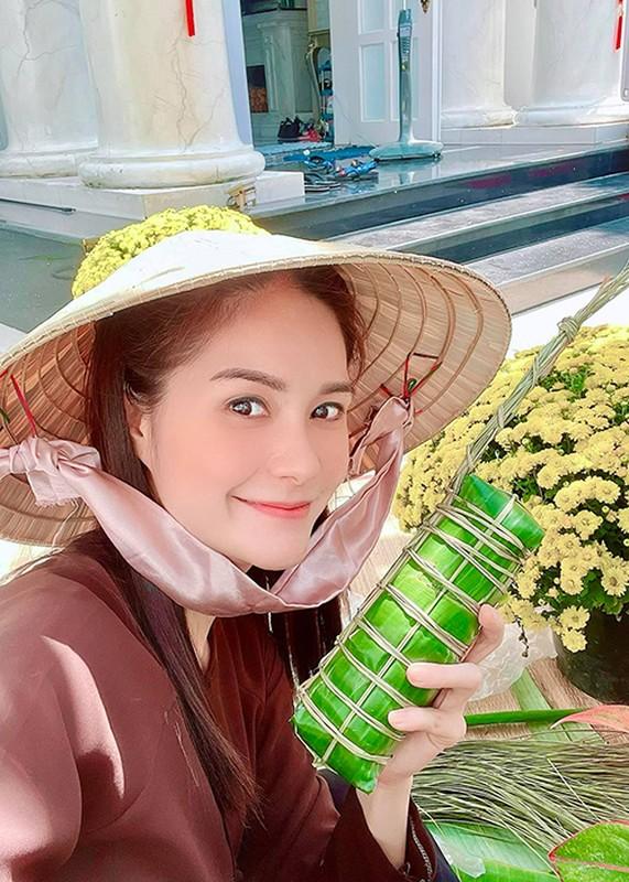 My nhan Viet goi banh chung don Tet Nguyen Dan 2021-Hinh-10