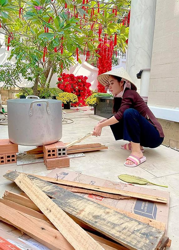 My nhan Viet goi banh chung don Tet Nguyen Dan 2021-Hinh-11