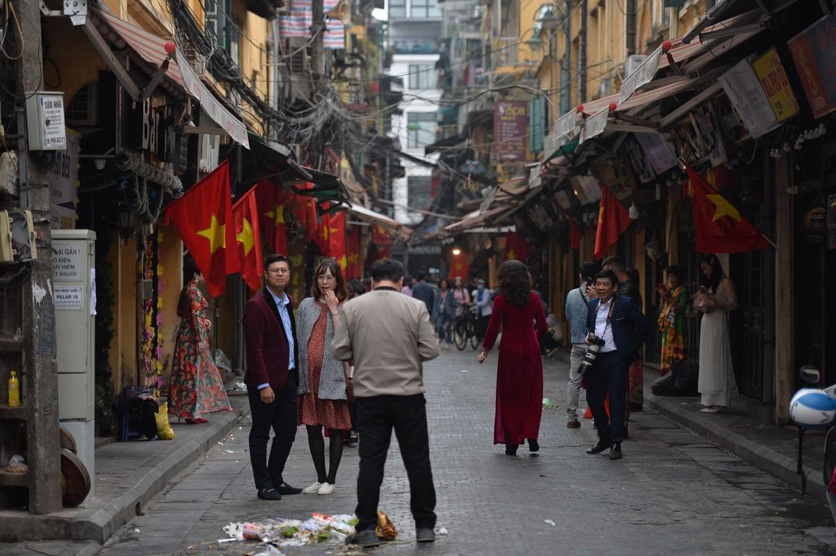 Nguoi Ha Noi lam gi trong sang dau tien nam Tan Suu 2021?-Hinh-8