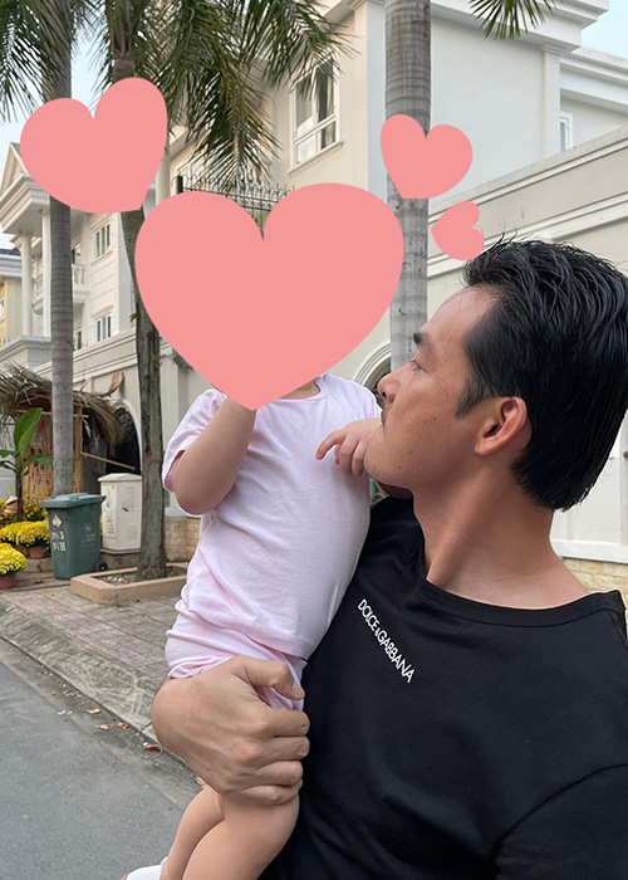 Ve phong phao cua con trai va con gai Quach Ngoc Ngoan-Hinh-2