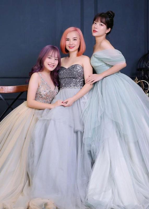 4 cuoc hon nhan dang do cua dien vien Hoang Yen-Hinh-8