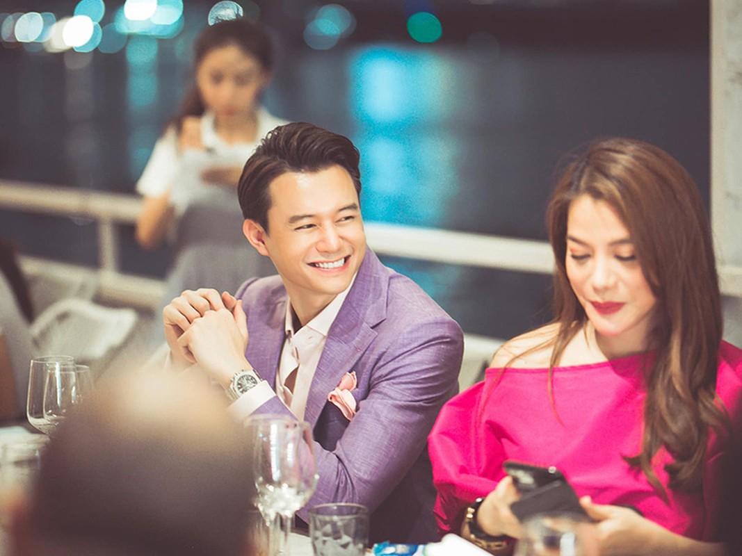 Phan ung cua dan my nhan bi don yeu trai tre kem chuc tuoi-Hinh-7