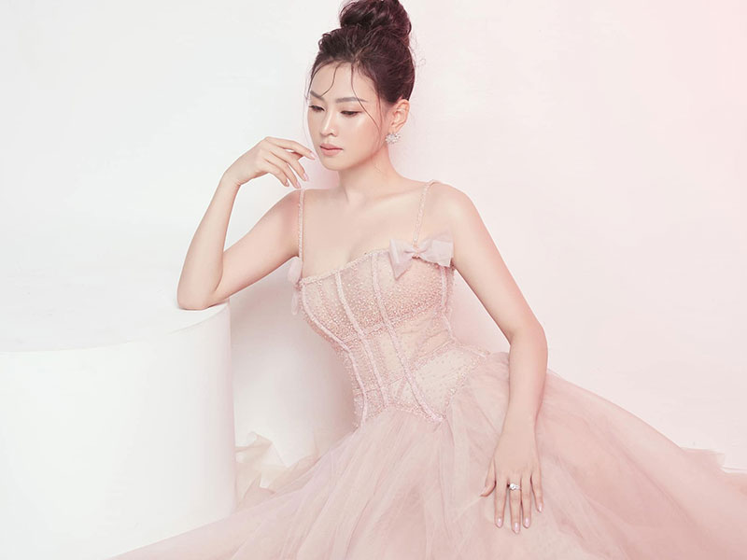 Do sac ban gai moi va dan tinh cu cua dien vien Minh Luan-Hinh-3